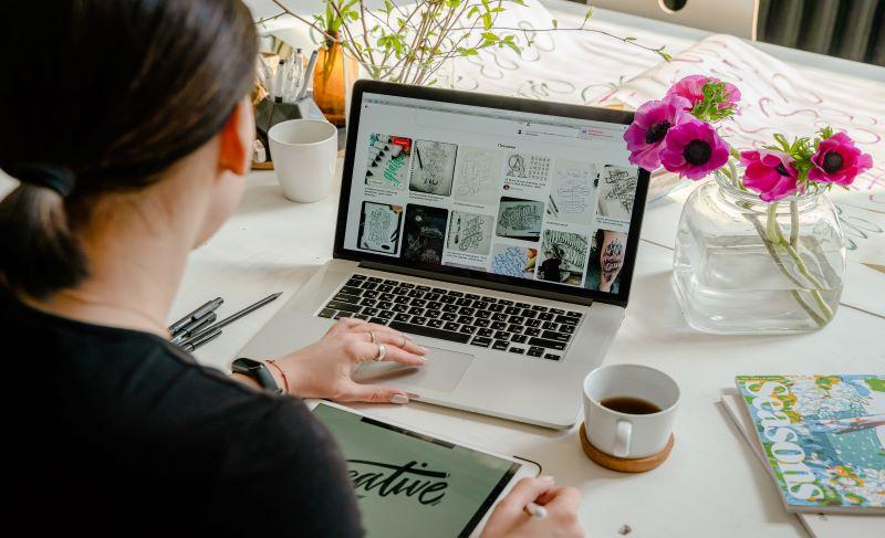 Visuel d'illustration de l'article L'entreprenariat pendant les études : témoignage de Manon